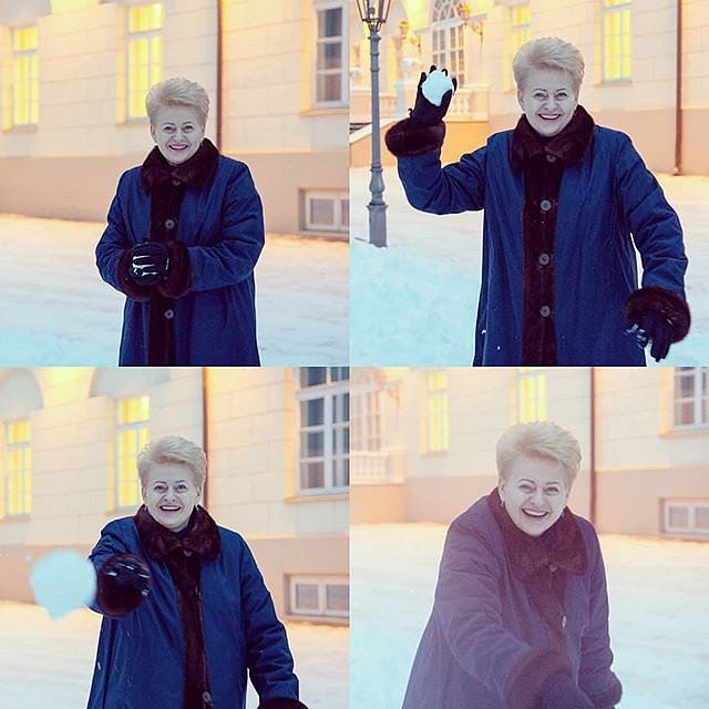 President #DaliaGrybauskaitė having #winter #fun #snowball