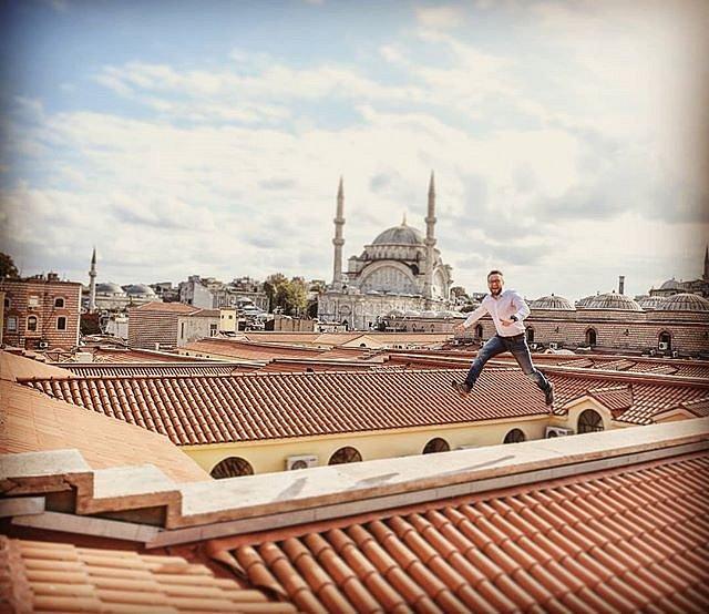 Jumping like #JamesBond